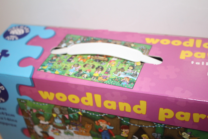 Orchard Toys: Woodland Party Box handle