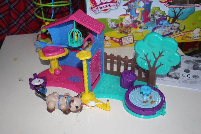 Pet Parade Play Garden 7