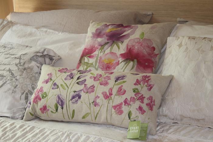 EL close up of cushions