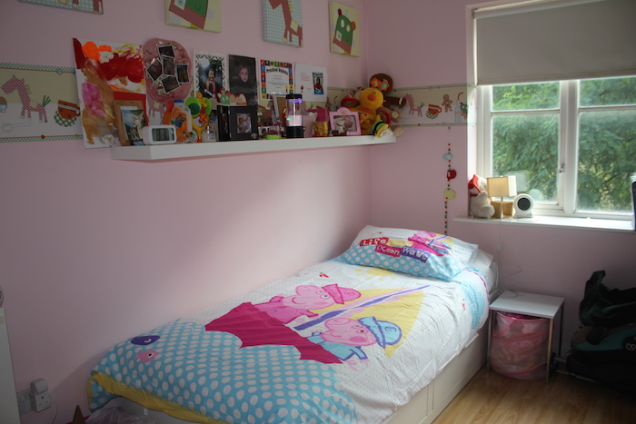 Duvet showed on girls room