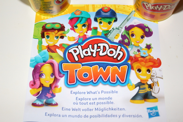Play-Doh Town leaflet