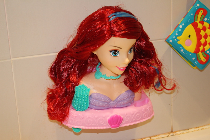 ariel-bath-styling-head-in-the-bath