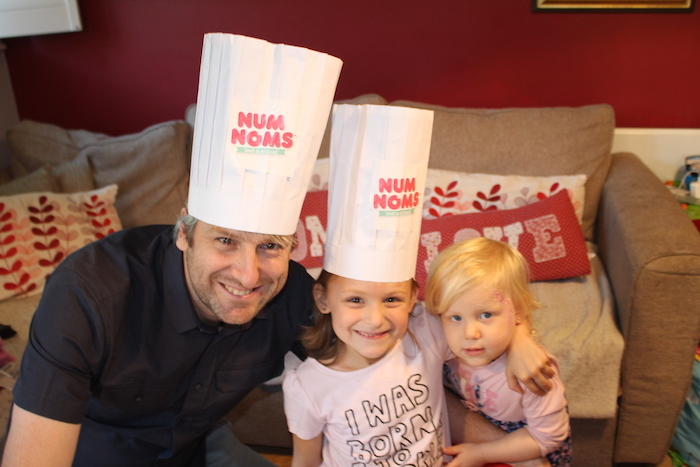 bella-sienna-daddy-with-chef-hats
