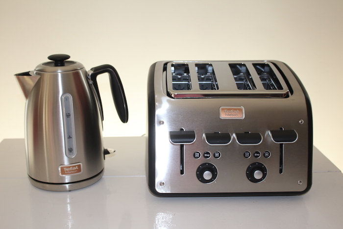 toaster-and-kettle