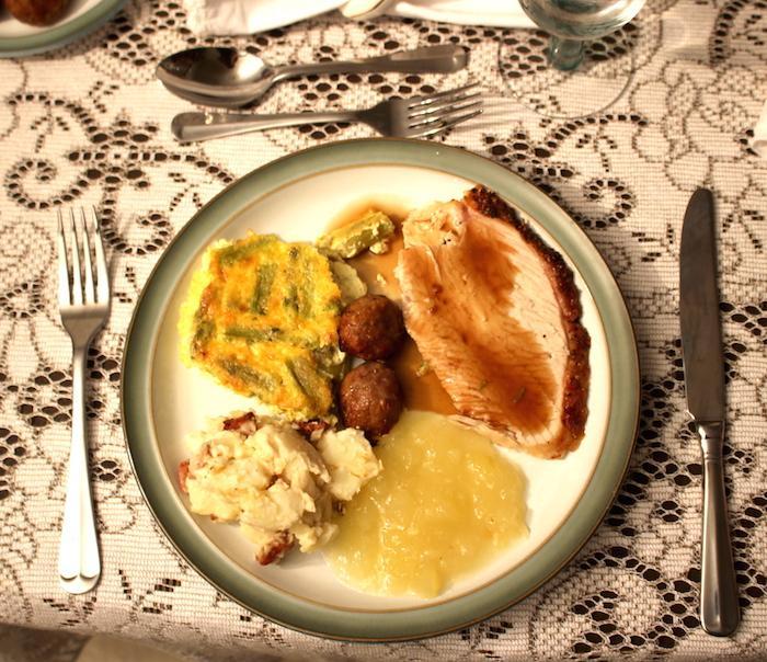 Christmas Dinner Plate - Option 3 - AMWF