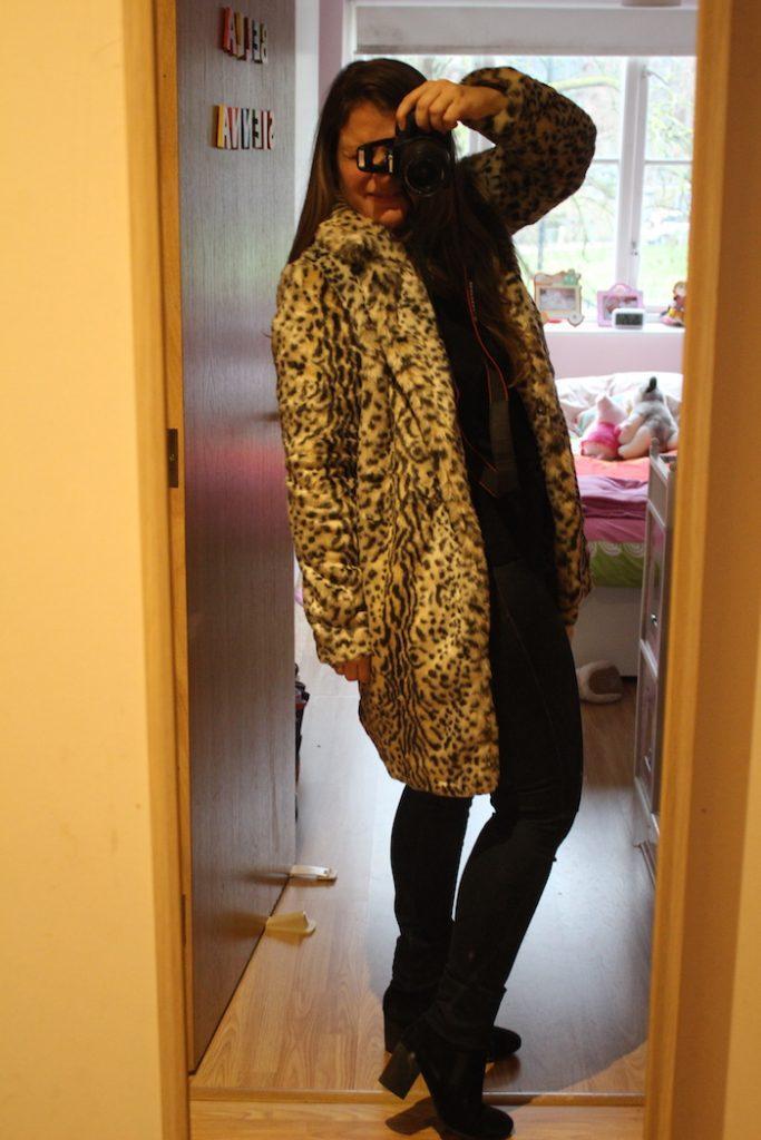Boohoo Leopard coat 4