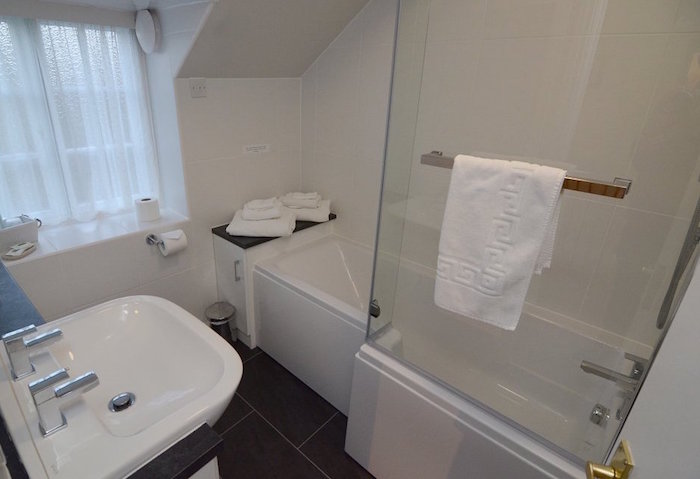 En-suite Bathroom - The Ellerby 1