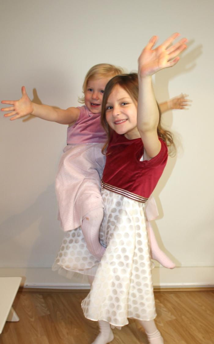 Bella & Sienna modelling MyTwirl 2